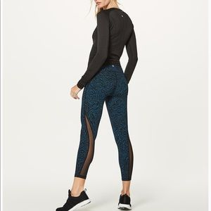 Lululemon train times 7/8 pants